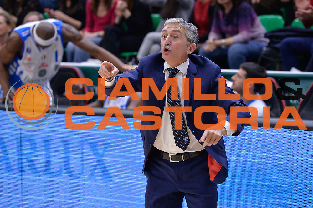 DESCRIZIONE : Campionato 2015/16 Serie A Beko Dinamo Banco di Sardegna Sassari - Grissin Bon Reggio Emilia<br /> GIOCATORE : Marco Calvani<br /> CATEGORIA : Allenatore Coach<br /> SQUADRA : Dinamo Banco di Sardegna Sassari<br /> EVENTO : LegaBasket Serie A Beko 2015/2016<br /> GARA : Dinamo Banco di Sardegna Sassari - Grissin Bon Reggio Emilia<br /> DATA : 23/12/2015<br /> SPORT : Pallacanestro <br /> AUTORE : Agenzia Ciamillo-Castoria/L.Canu