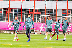 14.03.2019, Säbener Strasse, Muenchen, GER, 1. FBL, FC Bayern Muenchen vs 1. FSV Mainz 05, Training, im Bild v.l. Joshua Kimmich (FC Bayern), Sven Ulreich (FC Bayern), Niklas Süle (FC Bayern), Kingsley Coman (FC Bayern), Manuel Neuer (FC Bayern) // during a trainings session before the German Bundesliga 26th round match between FC Bayern Muenchen and 1. FSV Mainz 05 at the Säbener Strasse in Muenchen, Germany on 2019/03/14. EXPA Pictures © 2019, PhotoCredit: EXPA/ Lukas Huter
