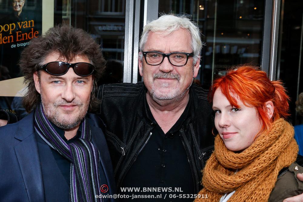 NLD/Amsteram/20121024- Presentatie biografie Joop van den Ende, Maurice Luttikhuizen, Ernst Daniel Smid en dochter Coosje