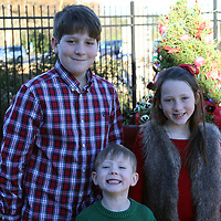 Libby Ezell | BUY AT PHOTOS.DJOURNAL.COM<br /> Drew, Chloe, and Brayden Humble