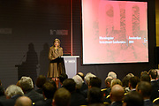 Koningin Maxima houdt een openingstoespraak op de vierde Morningstar Investment Conference Europe. Dit doet ze in haar functie als speciale pleitbezorger van de secretaris-generaal van de VN voor inclusieve financiering. <br /> <br /> Queen Maxima holds an opening speech at the fourth Morningstar Investment Conference Europe. This she does in her role as a special advocate of the Secretary-General of the UN for inclusive finance.<br /> <br /> Op de foto / On the photo:  Koningin Maxima houdt een openingstoespraak // Queen Maxima holds an opening speech