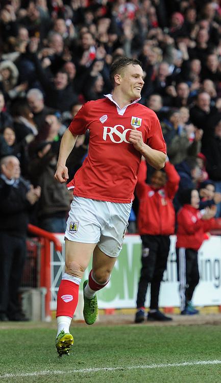 Bristol City's Matt Smith celebrates his goal. - Photo mandatory by-line: Dougie Allward/JMP - Mobile: 07966 386802 - 14/02/2015 - SPORT - Football - Bristol - Ashton Gate - Bristol City v Sheffield United - Sky Bet League One