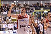 DESCRIZIONE : Supercoppa 2015 Semifinale Dinamo Banco di Sardegna Sassari - Grissin Bon Reggio Emilia<br /> GIOCATORE : Darius Lavrinovic<br /> CATEGORIA : Ritratto Esultanza Postgame<br /> SQUADRA : Grissin Bon Reggio Emilia<br /> EVENTO : Supercoppa 2015<br /> GARA : Dinamo Banco di Sardegna Sassari - Grissin Bon Reggio Emilia<br /> DATA : 26/09/2015<br /> SPORT : Pallacanestro <br /> AUTORE : Agenzia Ciamillo-Castoria/L.Canu