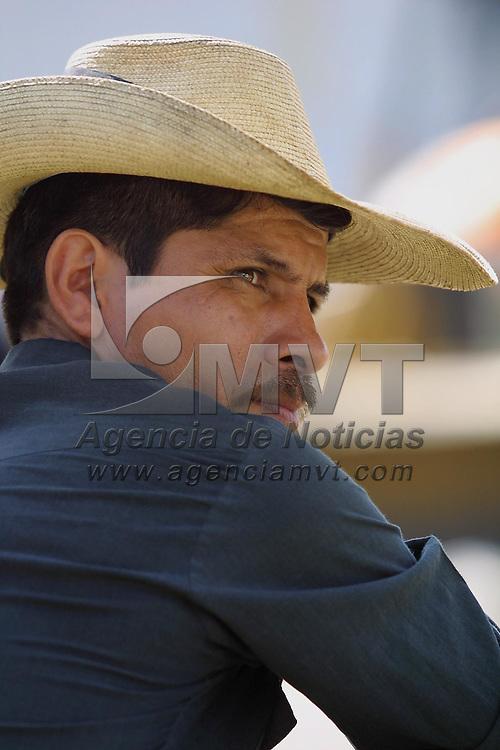 Tejupilco, M&eacute;x.- Campesinos de la zona sur del estado. Agencia MVT / Mario V&aacute;zquez de la Torre. (DIGITAL)<br /> <br /> NO ARCHIVAR - NO ARCHIVE