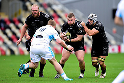 Lloyd Fairbrother of Dragons is challenged by Johnny Matthews of Glasgow Warriors - Ryan Hiscott/JMP - 25/10/19 - SPORT - Rodney Parade - Newport, Wales -
