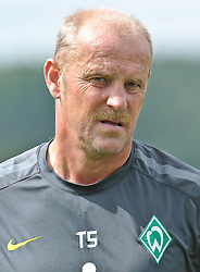 30.07.2010, Thermenstadion, Bad Waltersdorf, AUT, Trainingslager Werder Bremen 1. FBL 2010 - Day03 im Bild Thomas Schaaf ( Werder  - Trainer  COACH)      EXPA Pictures © 2010, PhotoCredit: EXPA/ nph/  Kokenge+++++ ATTENTION - OUT OF GER +++++ / SPORTIDA PHOTO AGENCY