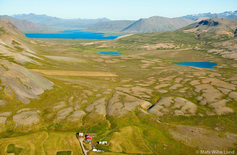Þórdísarstaðir séð til austsuðausturs yfir Ytra-Bárvatn og Innra-Bárvatn, Kolgrafarfjörður og Berserkjahraun i fjarska. Svæðið fremst er Grundarfjörður áður Eyrarsveit  /  Thordisarsatadir viewing eastsoutheast over the small lakes Ytra-Barvatn and Innra- Barvatn. Kolgrafarfjordur in background. The teritory in front belongs to Grundarfjordur former Eyrarsveit.
