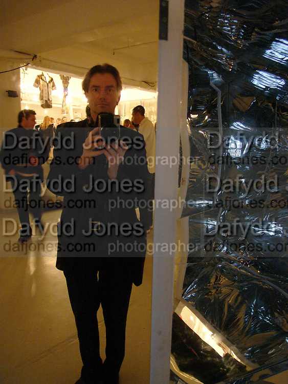 Dafydd Jones, Top Shop Unique installation and party, Fournier St. London. 20 October 2004. ONE TIME USE ONLY - DO NOT ARCHIVE  © Copyright Photograph by Dafydd Jones 66 Stockwell Park Rd. London SW9 0DA Tel 020 7733 0108 www.dafjones.com