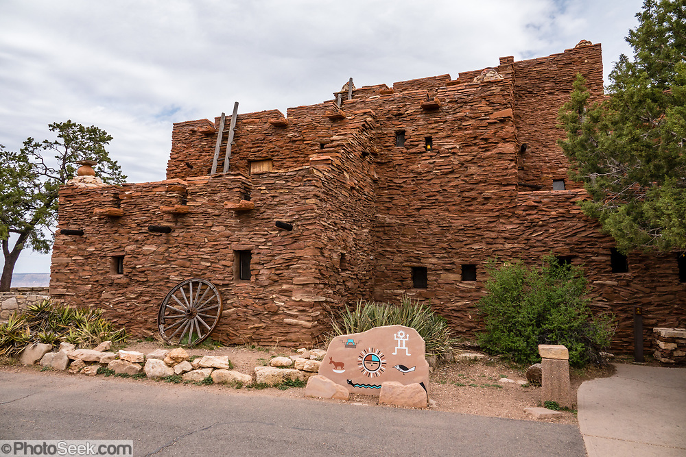 Mary Colter's Hopi House, 1905. Grand Canyon National Park is a geologic wonder in Arizona, USA.
