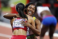 Friidrett , 8. august 2012 , Olympiske leker London , OL , <br /> Athletics , August 8th 2012 , Olympic Games London<br /> <br /> Allyson Felix , USA winner 200 m and winner 100 m , Shelly-Ann Fraser-Pryce , JAM