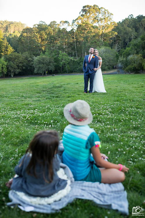 Bride and Groom celebrate their outdoor wedding with family and friends at the Brazil House in Tilden Park in Berkeley, California, on June 10, 2017. (Stan Olszewski/SOSKIphoto/ Drew Bird Photo)