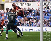 Photo: Daniel Hambury.<br />Reading v Ipswich Town. Coca Cola Championship.<br />16/10/2005.<br />Ipswich's Sam Parkin trys an acrobatic effort.