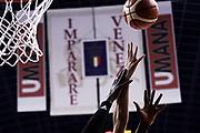 mani<br /> Umana Reyer Venezia - Vanoli Cremona<br /> Playoff - Quarti di Finale - Gara 1<br /> LegaBasket Serie A 2017/2018<br /> Venezia, 13/05/2018<br /> Foto M.Ceretti / Ciamillo-Castoria