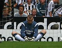 Photo: Andrew Unwin.<br /> Newcastle United v Villarreal. Pre Season Friendly. 05/08/2006.<br /> Newcastle's goalkeeper, Shay Given, looks dejected.