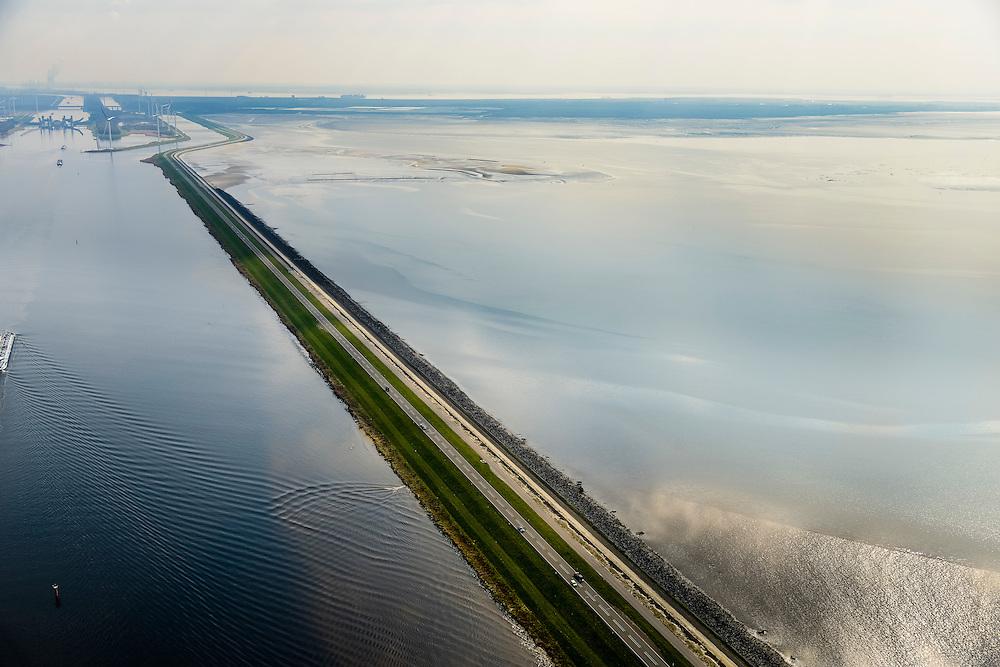 Nederland, Zeeland, Gemeente Tholen, 01-04-2016; Oesterdam met rechts de Oosterschelde. Links het kanaal van de Schelde-Rijnverbinding richting Kreekraksluizen, begrensd door de Markiezaatskade.<br /> De dam is een compartimenteringsdam en scheidt het zoute water van de Oosterschelde van het zoete water van het  Zoommeer<br /> Oesterdam, division between salt and sweet water, part of the Delta Works.<br /> <br /> luchtfoto (toeslag op standard tarieven);<br /> aerial photo (additional fee required);<br /> copyright foto/photo Siebe Swart