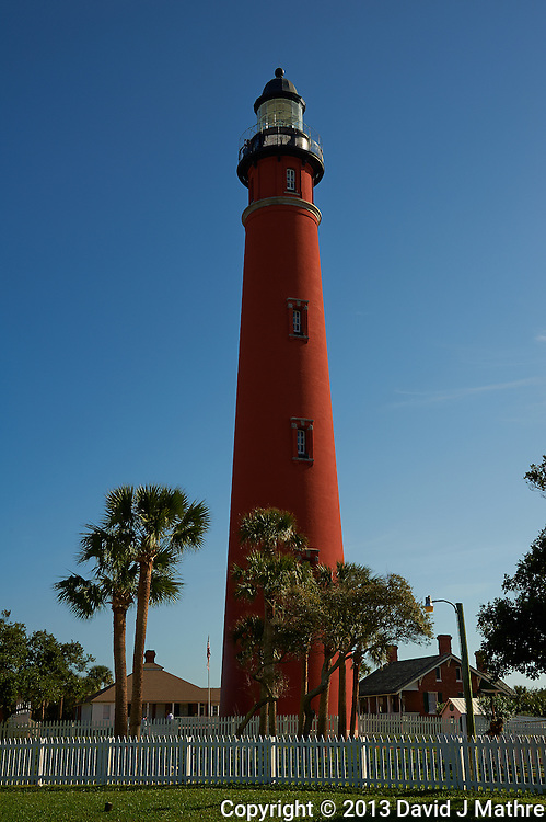 Ponce de Leone Inlet Lighthouse near Daytona, Florida. Image taken with a Nikon D700 and 28-300 mm VR lens (ISO 200, 40 mm, f/11, 1/500 sec).
