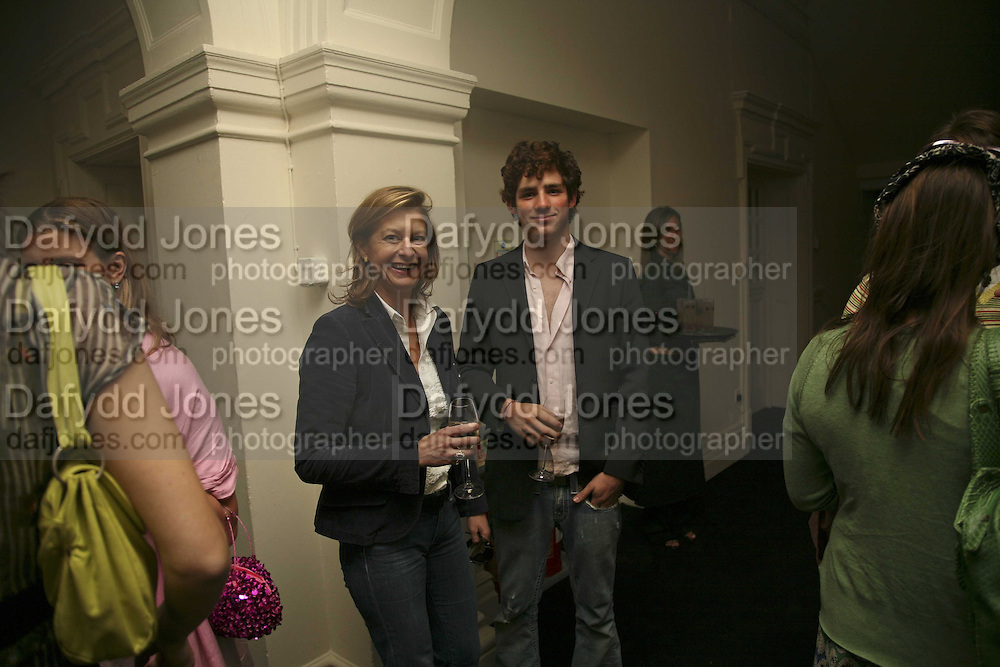 Alison Jackson and Oliver Wheeler, VIP opening of Bill Viola exhibition Love/Death: The Tristan project. Haunch of Venison, St Olave's College, Tooley St. London and Dinner afterwards at Banqueting House. Whitehall. 19 June 2006. ONE TIME USE ONLY - DO NOT ARCHIVE  © Copyright Photograph by Dafydd Jones 66 Stockwell Park Rd. London SW9 0DA Tel 020 7733 0108 www.dafjones.com