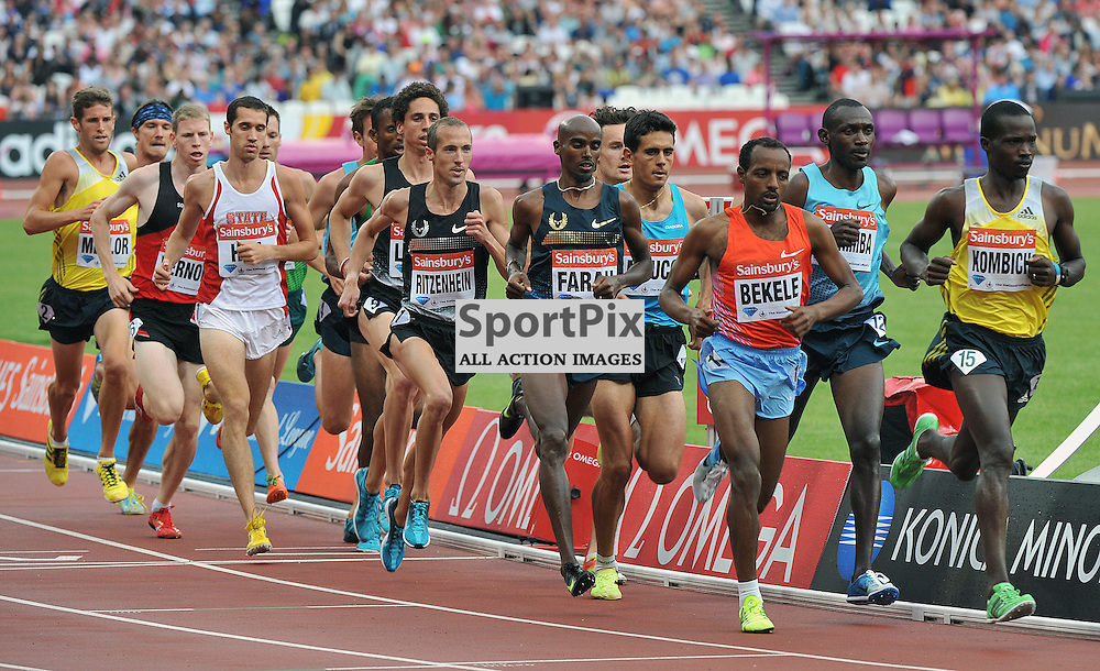 Mo Farah waiting for the right moment before he makes his move on the lead in the 3000m Final.<br /> At the IAAF Diamond League - Sainsbury's Anniversary Games held at the London Olympic Stadium, Queen Elizabeth Olympic Park, Stratford, London, UK on the 27th July 2013.<br /> WAYNE NEAL | SPORTPIX.ORG.UK