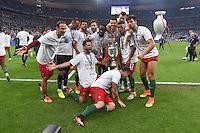 FUSSBALL EURO 2016 FINALE IN PARIS  Portugal - Frankreich          10.07.2016 Ehrenrunde: Portugal jubelt mit dem Pokal