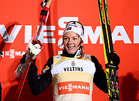 Langrenn<br /> FIS World Cup<br /> 27.11.2015<br /> Foto: Gepa/Digitalsport<br /> NORWAY ONLY<br /> <br /> Ruka - Finland<br /> Sprint C<br /> <br /> FIS World Cup, Nordic Opening 2015, Sprint C, ladies, flower ceremony. Image shows the rejoicing of Maiken Caspersen Falla (NOR).