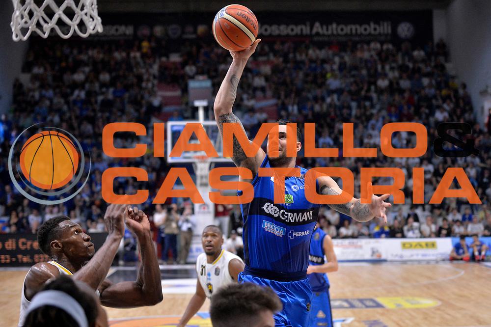 Christian Burns<br /> Vanoli Cremona - Germani Basket Brescia Leonessa<br /> Lega Basket Serie A 2016/2017<br /> Cremona, 09/04/2017<br /> Foto M.Ceretti / Ciamillo - Castoria