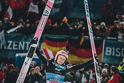 06.01.2020, Paul Außerleitner Schanze, Bischofshofen, AUT, FIS Weltcup Skisprung, Vierschanzentournee, Bischofshofen, Finale, im Bild 1. Platz Dawid Kubacki (POL) // Winner Dawid Kubacki of Poland during the final for the Four Hills Tournament of FIS Ski Jumping World Cup at the Paul Außerleitner Schanze in Bischofshofen, Austria on 2020/01/06. EXPA Pictures © 2020, PhotoCredit: EXPA/ Dominik Angerer