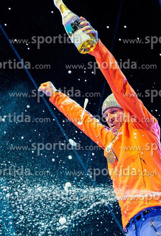 16.02.2017, Biathlonarena, Hochfilzen, AUT, IBU Weltmeisterschaften Biathlon, Hochfilzen 2017, Einzel Herren, Siegerehrung, im Bild Goldmedaillengewinner Lowell Bailey (USA) // Winner and Gold Medalist Lowell Bailey of the USA during Winner Award Ceremony of the individual Mens of the IBU Biathlon World Championships at the Biathlonarena in Hochfilzen, Austria on 2017/02/16. EXPA Pictures © 2017, PhotoCredit: EXPA/ JFK