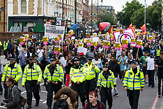 2017-07-24 Protesters march through Dalston following Rashan Charles arrest death