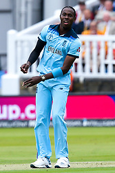 Jofra Archer of England - Mandatory by-line: Robbie Stephenson/JMP - 14/07/2019 - CRICKET - Lords - London, England - England v New Zealand - ICC Cricket World Cup 2019 - Final