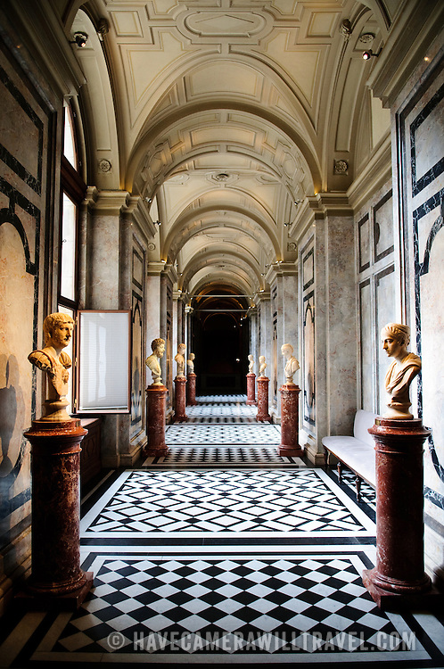 Sculpture gallery in the Kunsthistoriches Museum