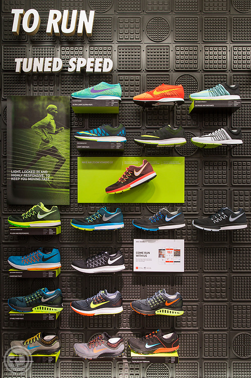 Pre Classic 2015<br /> Nike Running Store<br /> Eugene, OR<br /> May 30, 2015<br /> The Space<br /> <br /> Image ©Ross Dettman