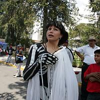 Toluca, Mex.- Integrantes del Frente Popular Francisco Villa Independiente, marchan por las calles de esta ciudad pidiendo la liberacion de Alejandro Villanueva, un fraccionador. Agencia MVT / Javier Rodriguez. (DIGITAL)<br /> <br /> <br /> <br /> <br /> <br /> <br /> <br /> NO ARCHIVAR - NO ARCHIVE
