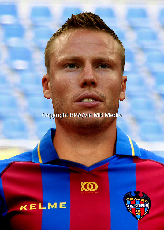 Christian Lell   ( Levante UD )