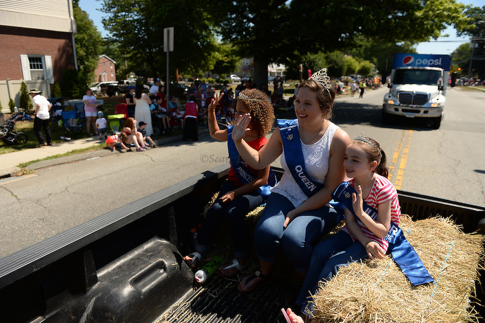 7/4/16 :: REGION :: SMITH :: Groton Independence Day Parade Monday, July 4, 2016. (Sean D. Elliot/The Day)