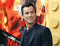 Justin Theroux at the Los Angeles premiere of 'The LEGO Ninjago Movie' held at the Regency Village Theatre in Westwood, USA on September 16, 2017.