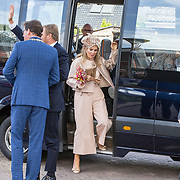 NLD/Hoogeveen/20190918 - Koningspaar brengt bezoek Zuid-west Drenthe, Koningin Maxima