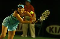 Tennis<br /> Foto: Fotosports/Digitalsport<br /> NORWAY ONLY<br /> <br /> Australian Open Tennis 22/01/2006<br /> Maria Sharapova (RUS) third round match