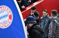 FUSSBALL CHAMPIONS LEAGUE SAISON 2018/2019 ACHTELFINAL HINSPIEL FC Liverpool - FC Bayern Muenchen          19.02.2019 Trainer Juergen Klopp (li, FC Liverpool) und Trainer Niko Kovac (re, FC Bayern Muenchen) vor dem Spiel