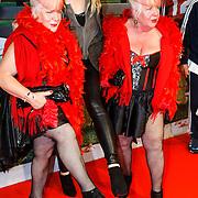NLD/Amsterdam/20130108 - Premiere Bad Grandpa, Nicolette Kluijver en de ouwe hoeren' Louise en Martine Fokkens