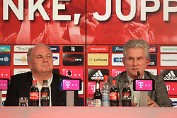 04.06.2013, Alianz Arena, Muenchen, GER, 1. FBL, FC Bayern Muenchen, Pressekonferenz, im Bild, Jupp Heynckes verabschiedet sich bei FC Bayern mit Uli Hoeness // during a presss conference of FC Bayern Munich at the Alianz Arena, Munich, Germany on 2013/06/04. EXPA Pictures © 2013, PhotoCredit: EXPA/ Eibner/ Ruiz<br /> <br /> ***** ATTENTION - OUT OF GER *****