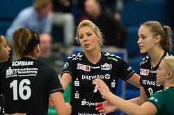 17-10-2014 GER: USC Muenster - Dresdner SC, Munster<br /> Vriendschappelijke wedstrijd / Katharina Schwabe (#16 Dresden), Laura Dijkema (#7 Dresden), Louisa Lippmann (#8 Dresden)