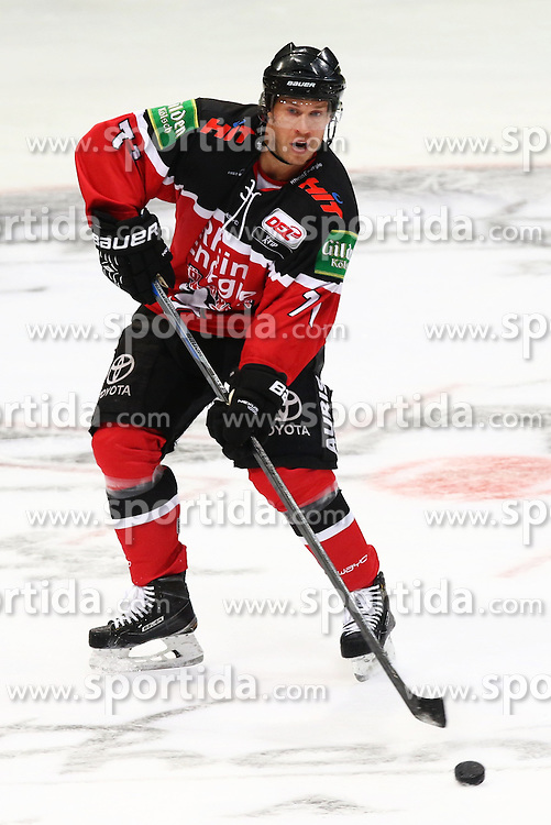 11.09.2015, Lanxess Arena, Koeln, GER, DEL, Koelner Haie vs EHC Red Bull Muenchen, 1. Runde, im Bild Charlie Stephens (Koeln) am Puck // during the German DEL Icehockey League 1st round match between Koelner Haie and EHC Red Bull Munich at the Lanxess Arena in Koeln, Germany on 2015/09/11. EXPA Pictures &copy; 2015, PhotoCredit: EXPA/ Eibner-Pressefoto/ Weiss<br /> <br /> *****ATTENTION - OUT of GER*****