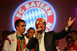"17.05.2014, T Com, Berlin, GER, DFB Pokal, Bayern Muenchen Pokalfeier, im Bild Philipp Lahm celebrates Philipp Lahm, // during the FC Bayern Munich ""DFB Pokal"" Championsparty at the T Com in Berlin, Germany on 2014/05/17. EXPA Pictures © 2014, PhotoCredit: EXPA/ Eibner-Pressefoto/ EIBNER<br /> <br /> *****ATTENTION - OUT of GER*****"