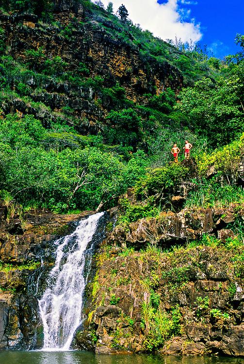 45 foot Waimea Falls, Waimea Falls Park, Waimea Bay, north shore of Oahu, Hawaii USA