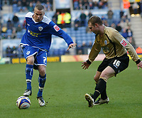 Photo: Steve Bond/Richard Lane Photography. Leicester City v Huddersfield Town. Coca Cola League One. 24/01/2009. loan signing Tom Cleverley (L) takes on Robbie Williams (R)