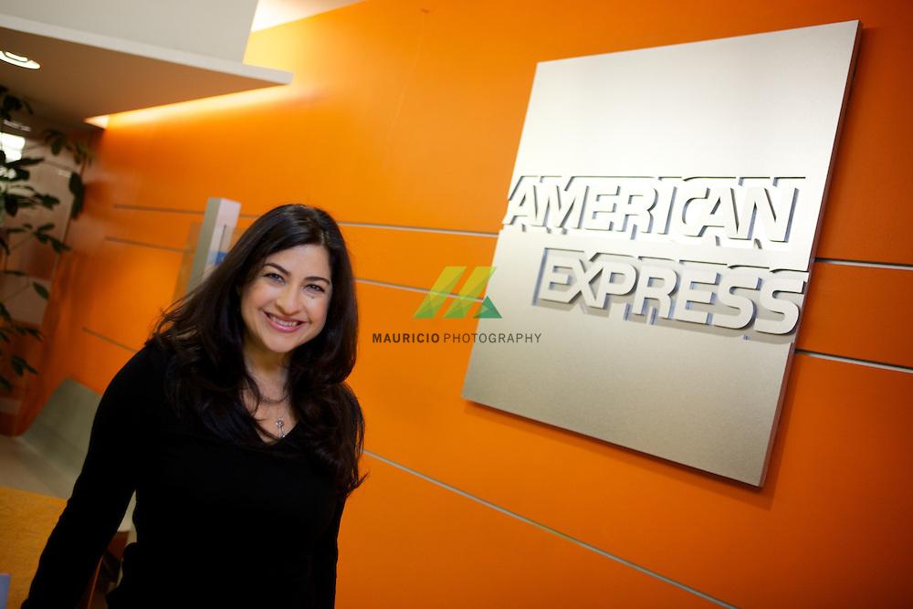 Es una de las mujeres mexicanas con mayor experiencia internacional en el marketing de desarrollos de software, IT y uso de nuevas tecnologías.
