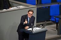 DEU, Deutschland, Germany, Berlin, 12.12.2017: Dr. Konstantin von Notz (B90/Die Grünen) bei einer Rede im Deutschen Bundestag.