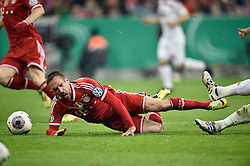 16.04.2014, Allianz Arena, Muenchen, GER, DFB Pokal, FC Bayern Muenchen vs 1. FC Kaiserslautern, Halbfinale, im Bild Foul von Florian Dick 1. FC Kaiserslautern an Franck Ribery FC Bayern Muenchen Zweikampf Aktion // during the DFB Pokal Halffinal match between FC Bayern Munich vs 1. FC Kaiserslautern at the Allianz Arena in Muenchen, Germany on 2014/04/16. EXPA Pictures © 2014, PhotoCredit: EXPA/ Eibner-Pressefoto/ Weber<br /> <br /> *****ATTENTION - OUT of GER*****