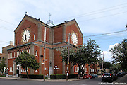 Madonna della Defresa Church in Little Italy / La Petite Italie, Montréal, Québec, Canada, 2008 08 18. © Photo Marc Gibert / adecom.ca