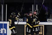 STOCKHOM 2017-10-18. Kalle Jellvert i AIK jublar efter att ha gjort  3-1 under matchen i Hockeyallsvenskan mellan AIK och IF Bj&ouml;rkl&ouml;ven p&aring; Hovet, Stockholm, den 18 oktober 2017.<br /> Foto: Nils Petter Nilsson/Ombrello<br /> ***BETALBILD***